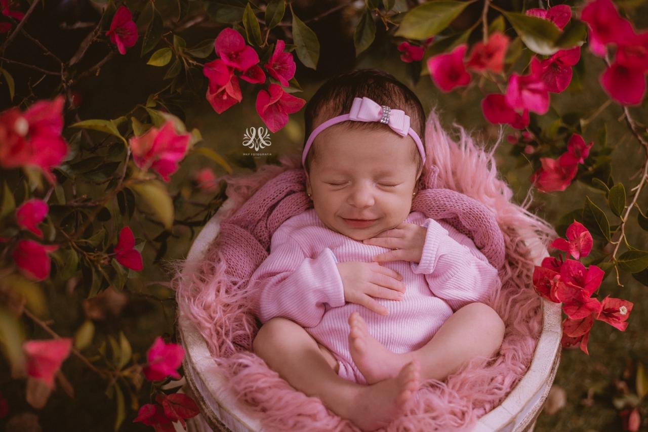 Newborn_Isabella-23