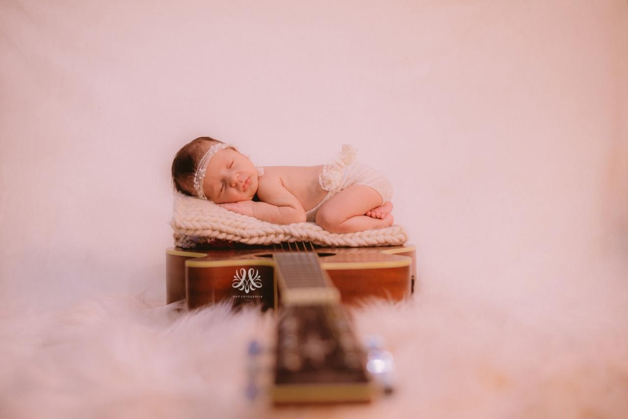 Newborn_Isabella-33