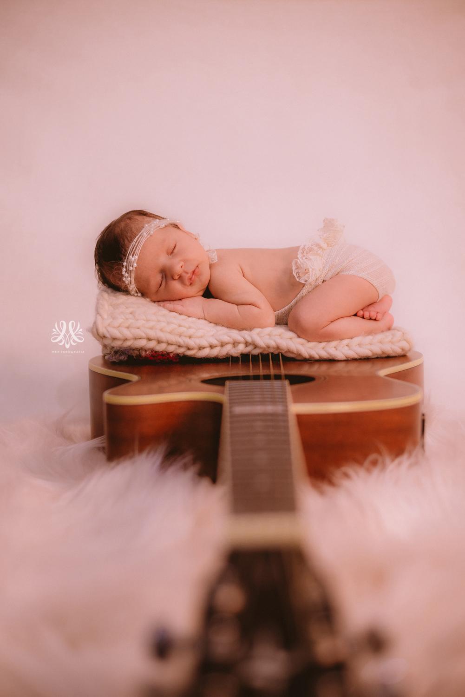 Newborn_Isabella-36