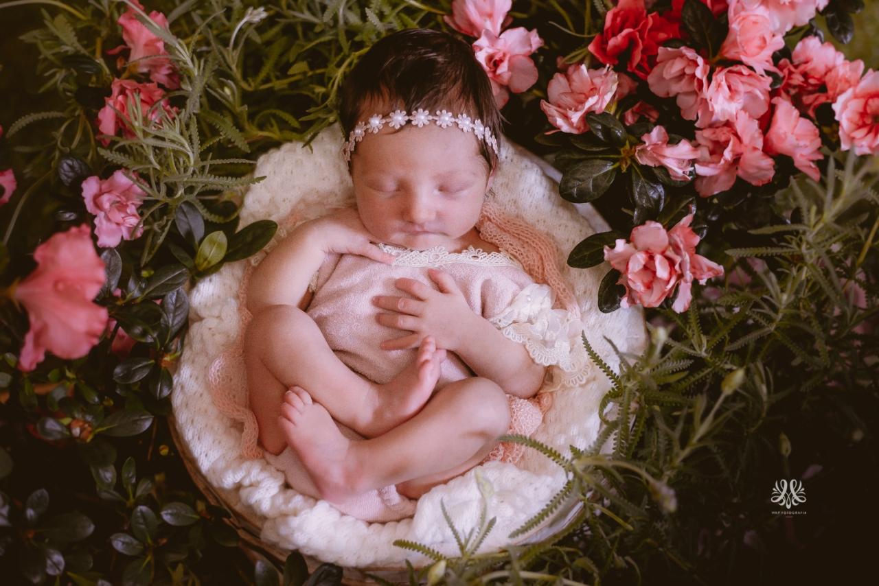 Newborn_Lara-1