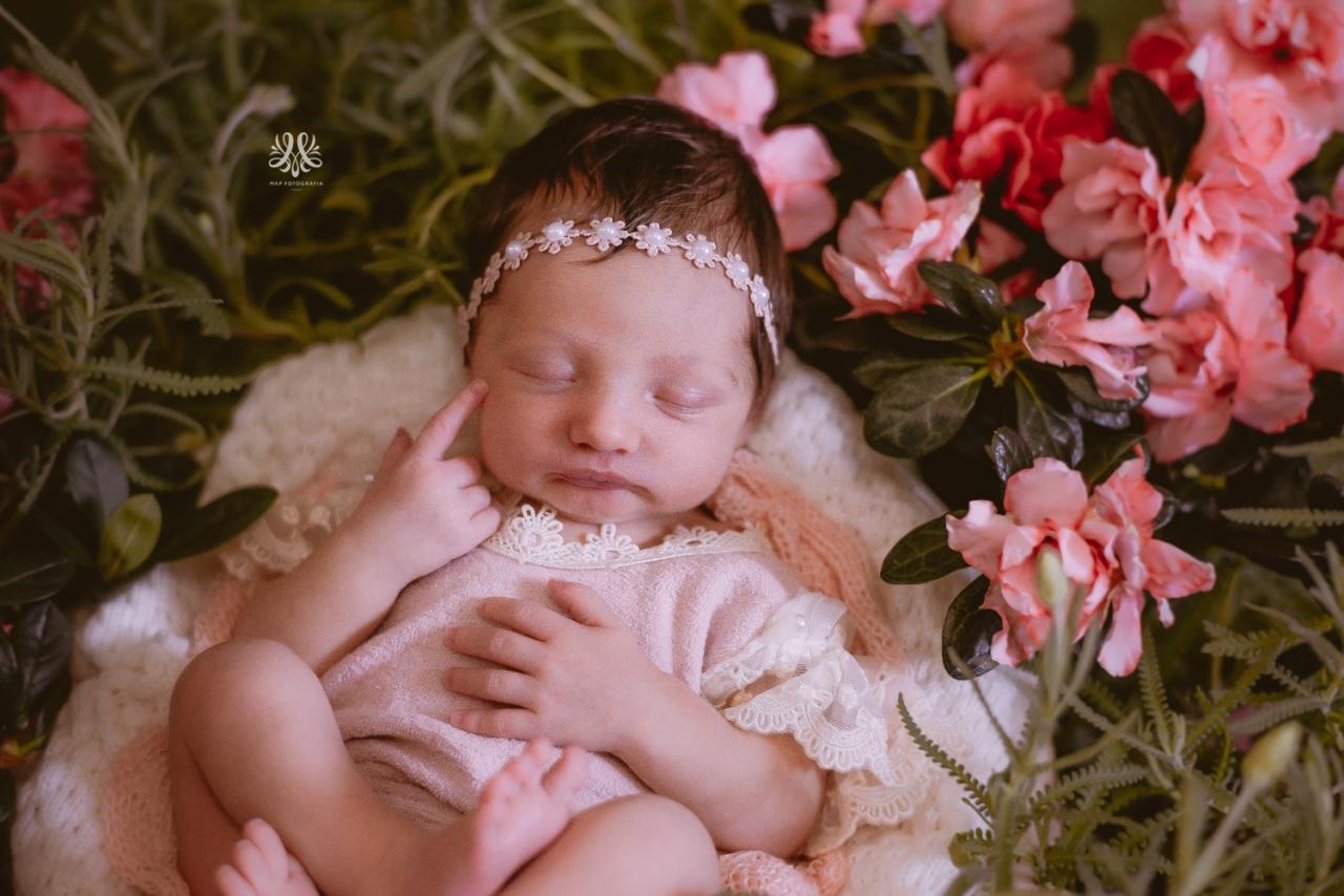 Newborn_Lara-10