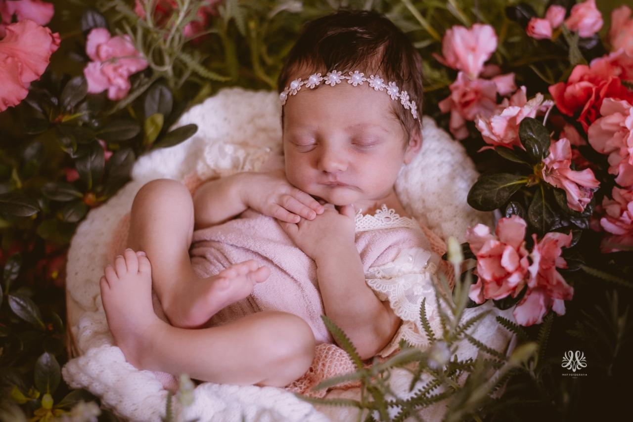 Newborn_Lara-17