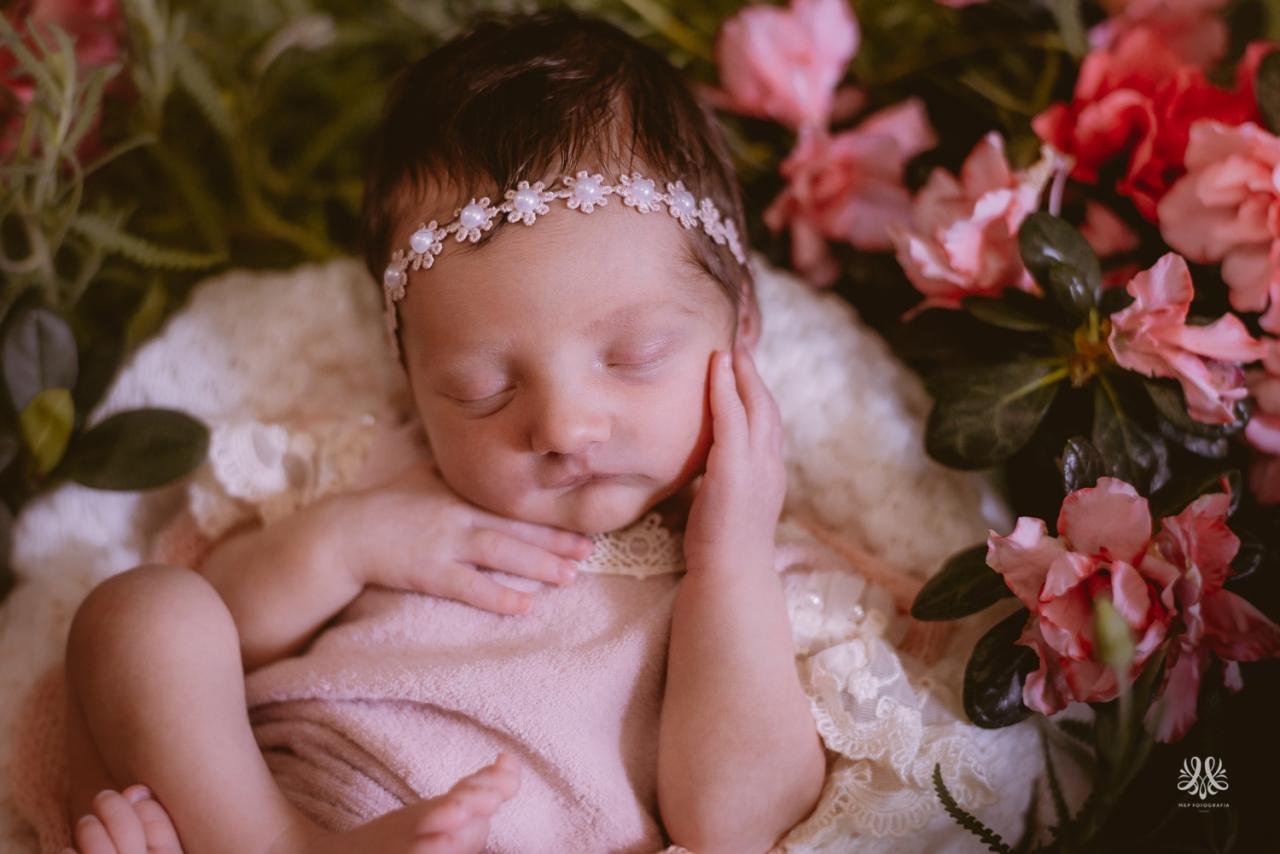 Newborn_Lara-21