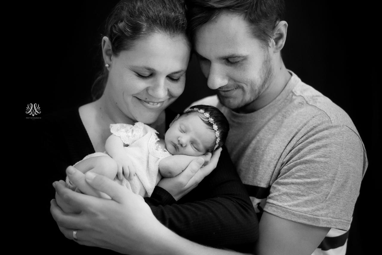 Newborn_Lara-37